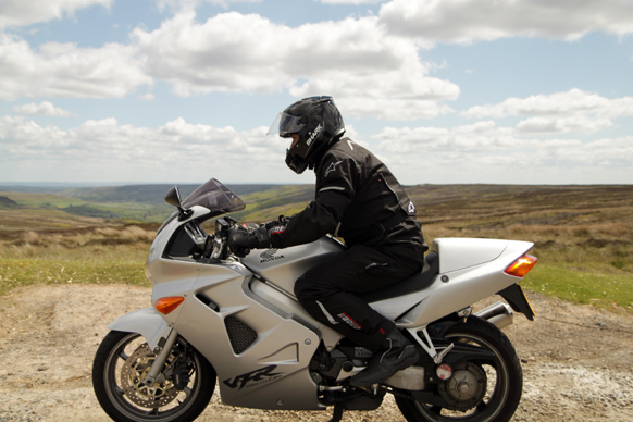 how to ride a touring motorcycle